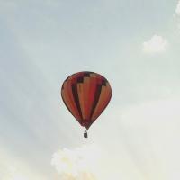 soleil,ciel,montgolfière,